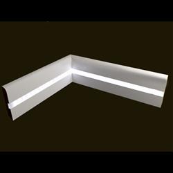Плинтус напольный для светодиодной подсветки PN 050 led